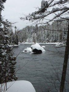 P1080044 2020-01-13 Canada Saint Honoré Sentier de la rivière Shipshaw - Chute Gagnon